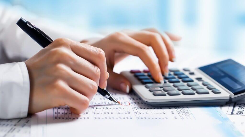 آموزش تمامی نرم افزار های حسابداری